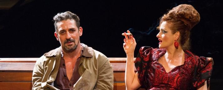 Denise Fraga e Tuca Andrada em A Visita da Velha Senhora_no Teatro Sesiminas_crédito Cacá Bernardes (2).jpg