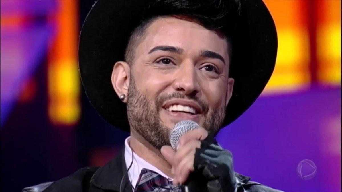Gabriel Camilo conta sua história antes de disputar a final do 'Canta Comigo'